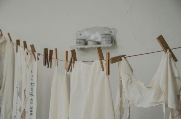 食品白衣を洗濯する